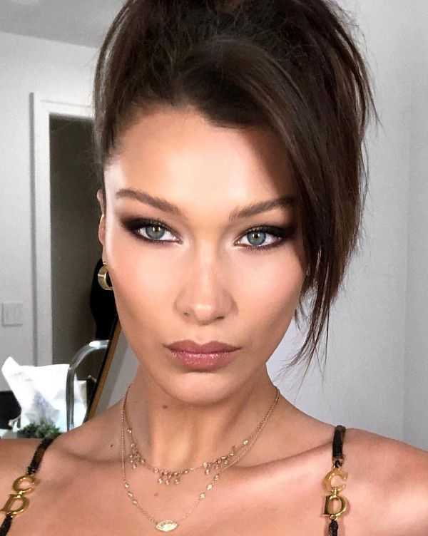 bella hadid fox eye makeup