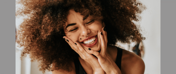 Sink Your Teeth Into This: 5 Easy At-Home Methods For Whiter Teeth