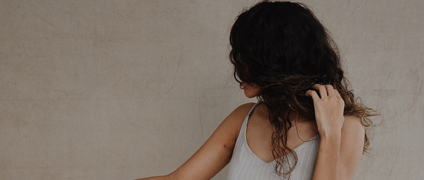 Are You Struggling With Slow Hair Growth? Here's How You Can Deal With It