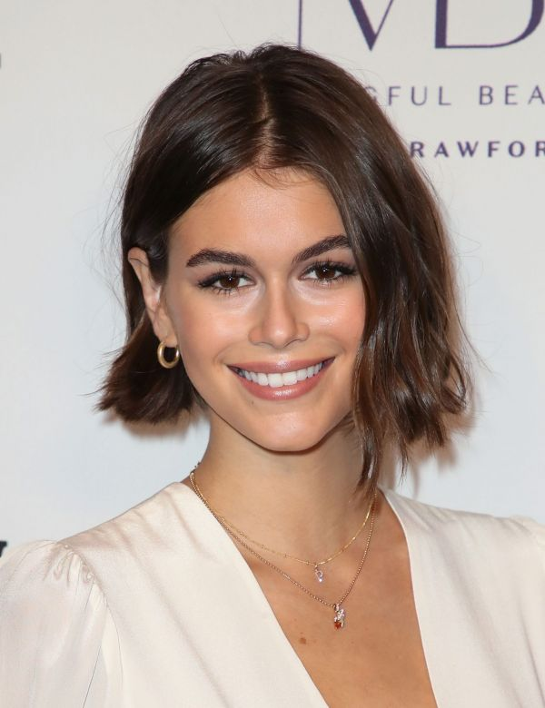 chin length bob hairstyles on oval face