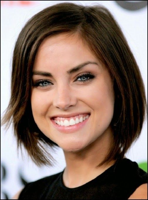 basic side-parting hairstyles for oval face female indian