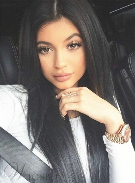 best straight long hairstyle for oval face women