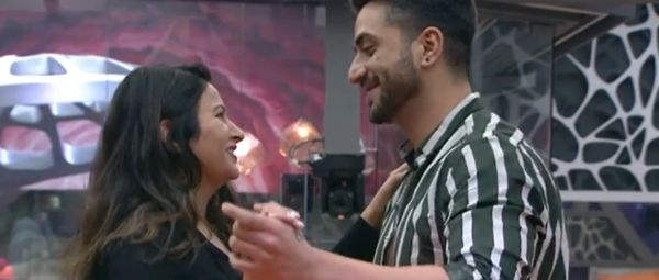 Bigg Boss, Yeh Kya Ho Raha Hai? Apparently, Sonali Phogat Is In Love With Aly Goni Now