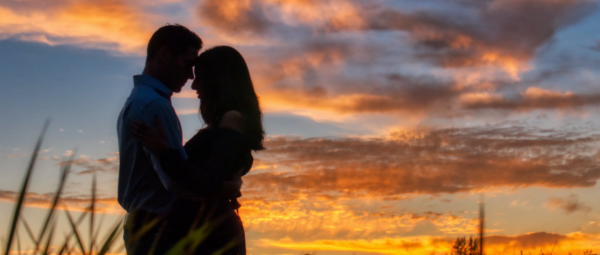 It's Not All Gloom & Despair: 7 Perks Of Long Distance Relationships That No One Tells You