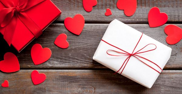 Valentine Day Gifts for Him