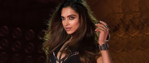 I'm A Bad, Bad Girl: 7 Bollywood Actresses We Want To See As Vamps!