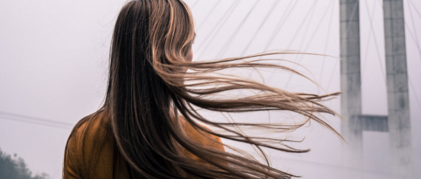 Beauty Basics: 5 Haircare Tips That'll Stop Your Strands From Becoming Super Greasy