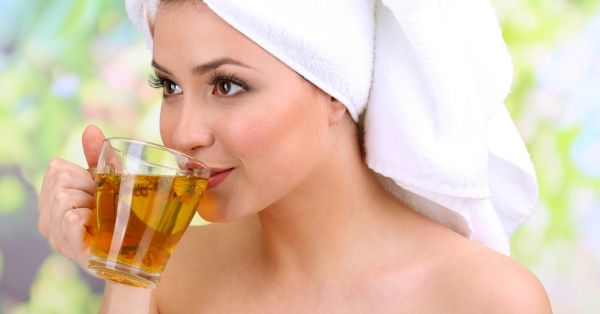 Some (Surprisingly!) Amazing Beauty Benefits of Green Tea