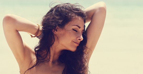 """7 """"Underarm"""" Problems You Only Face In Summer & Their Fixes!"""