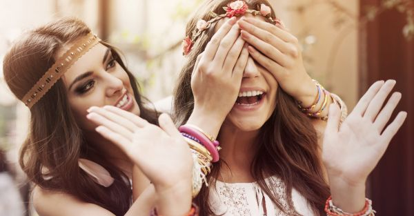 How To Pamper Your Bestie Even When You're Broke!
