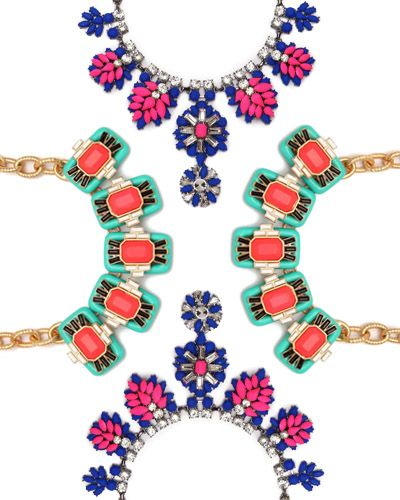#ContestAlert: Who Wants to Win a Statement Necklace??
