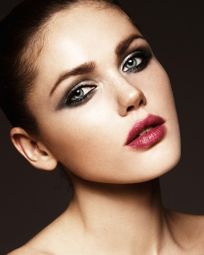 #BombshellAlert: 5 Sexy Smoky Eye Styles to Rock This Party Season