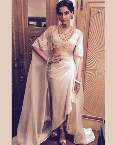 #StyleCrush: 10 Sonam Kapoor Looks You HAVE to See!
