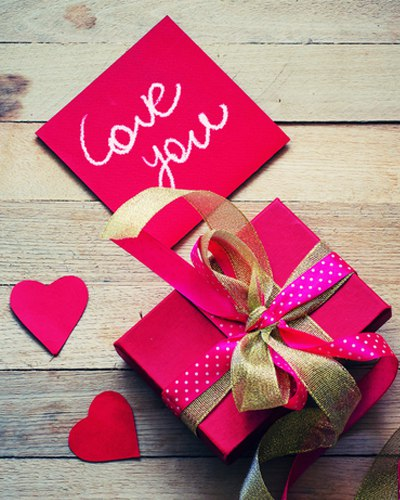 A Valentine's Day Gifting Guide for the Man in Your Life!