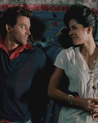 Dil Chahta Hai! 7 Filmy Ways To Make Him REALLY Fall For You