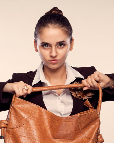 #GirlPower: 10 Things In YOUR Bag You Can Use As Weapons!
