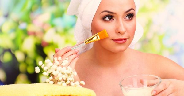 #HelloGorgeous: 11 Homemade Face pack For Clear Skin!