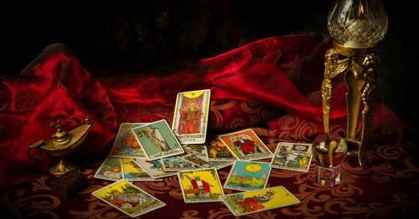 Four Of Wands: What Do The Tarot Cards Have In Store For You?