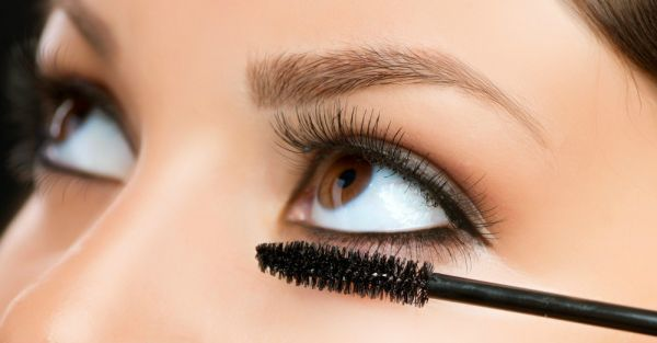 How To Get Perfect Mascara (WITHOUT The Clumps!)