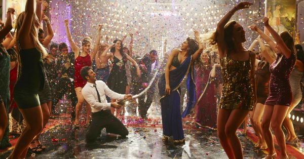 No Booze At Your Shaadi?! Here's How To Keep The Party Going!