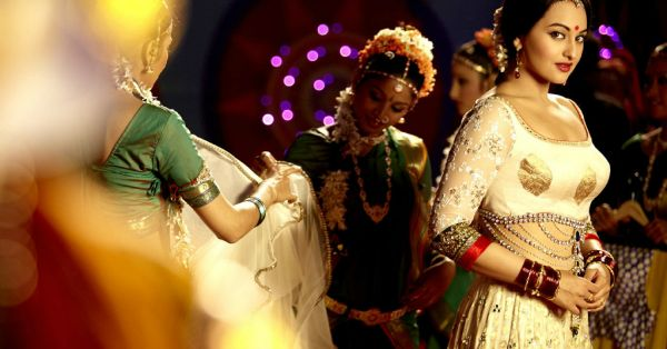 9 Mistakes You Should Never Make While Wearing An Indian Outfit!