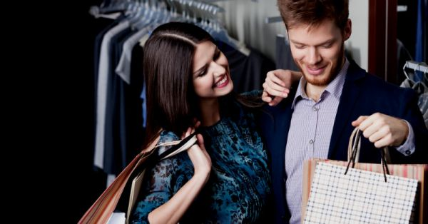 Guys vs Girls: What We REALLY Think About Shopping!