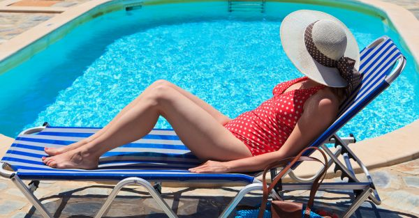 8 Pretty Swimsuits That Tuck Your Tummy In!