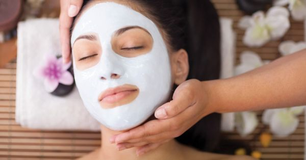 6 Signs It's Time To Get A Facial (Hello, Happy Skin!)