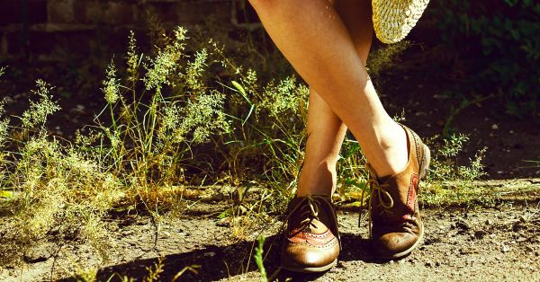 7 Kinds Of Flats That Make You Look *Taller* - Our Top Picks!