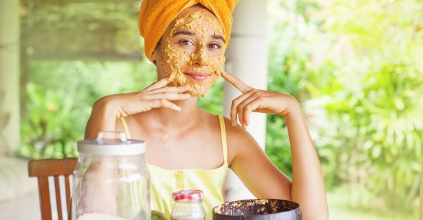 An AMAZING Homemade Scrub To Get Rid Of Your Tan!
