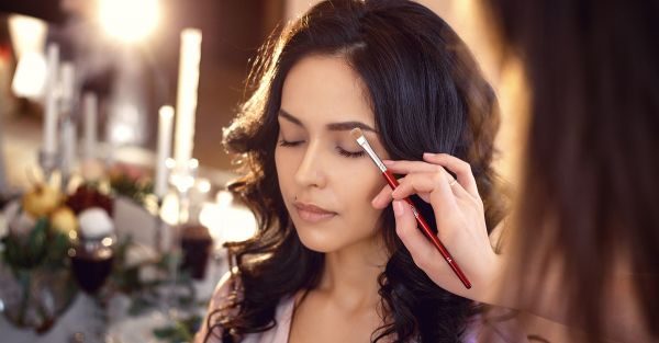 7 Tricks From Makeup Artists To Make Every Girl's Life Easier!