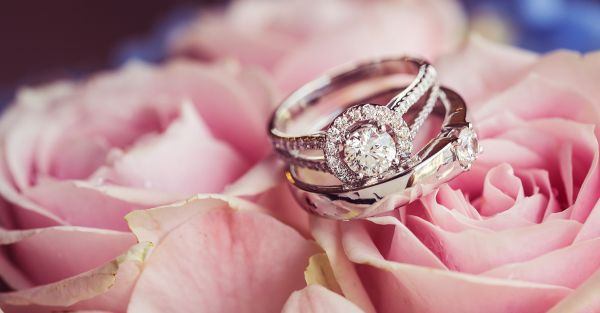 The *Prettiest* Stackable Rings For Engagements To Inspire You!