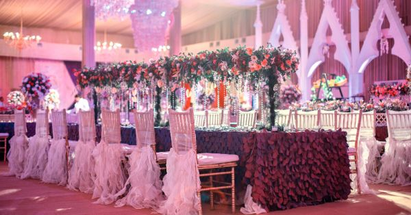 The Stunning Decor At This Reception Will Make You Go WOW!