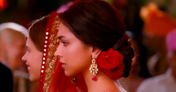 12 Thoughts You Have During Your Bestie's Shaadi Ceremony!