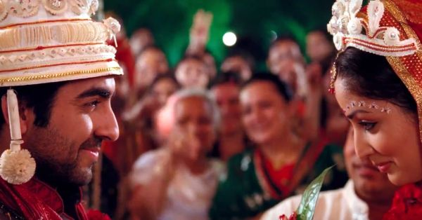 12 Thoughts A Groom Has When He Sees His Bride At The Mandap!