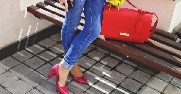16 *New* And Stylish Ways To Wear Your Old Pair Of Jeans!