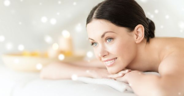10 Essential Winter Skin Care Tips For *Every* Girl
