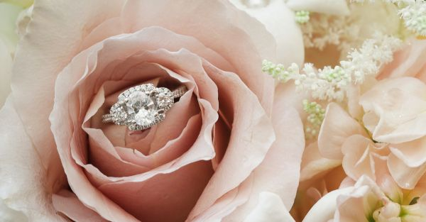 10 Engagement Ring Trends Every Bride-To-Be Needs To Know!