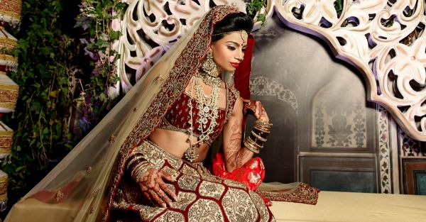 9 Tips To Ensure Your Bridal Makeup Complements Your Lehenga!