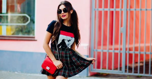 10 Personalized Fashion Items That Make You Look AWESOME!