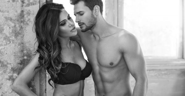 #HeSays: 10 Questions EVERY Guy Wants To Ask About *Bras*