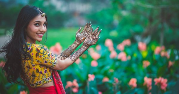10 New Age Elements To Make Your Bridal Mehendi Look WOW!