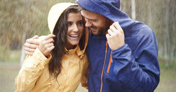 Sunday Shorts: 3 *Frisky* Tales Of Hooking Up In The Rain!