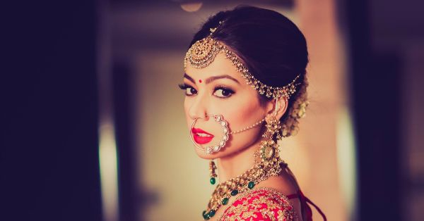 These 10 Brides Wore The Most Gorgeous Maathapattis… We LOVE!