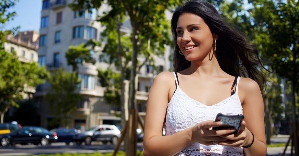 10 Ways Your Phone Can Actually Make You Seem Smarter!