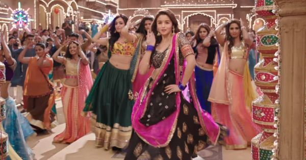 15 FAB Accessories To Look Effortlessly *Stunning* At A Shaadi!