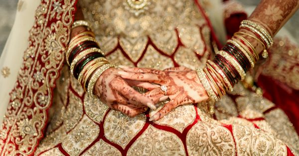 Work + Shaadi Planning? 11 *Lifesaving* Tips From A Real Bride!