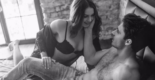 I Tried 7 Body Language Hacks During Sex - So You Don't Have To!
