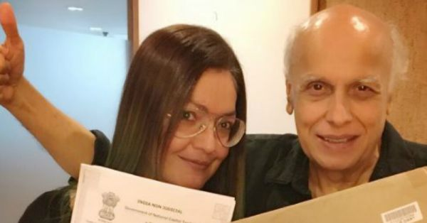 Pooja Bhatt Comes Clean About Alcoholism In Her New Book!