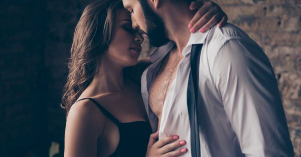 Sunday Shorts: 3 Hot Tales Of Threesomes Done Right!